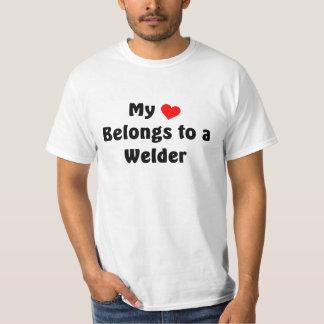 Mi corazón pertenece a un soldador playera