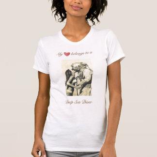 Mi corazón pertenece a una camiseta del buceador