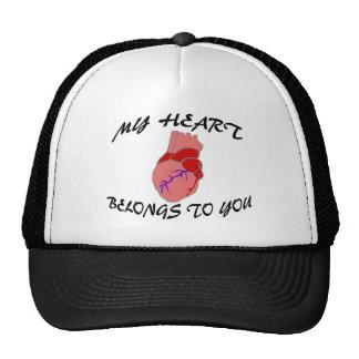 Mi corazón pertenece a usted gorras