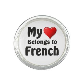 Mi corazón pertenece al francés anillos