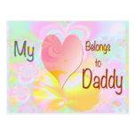 Mi corazón pertenece al papá (el fondo en colores  tarjeta postal