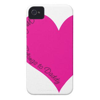 Mi corazón pertenece al papá funda para iPhone 4 de Case-Mate