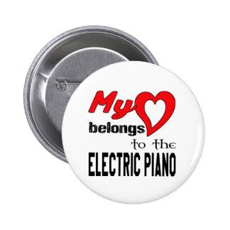 Mi corazón pertenece al piano eléctrico pin redondo 5 cm