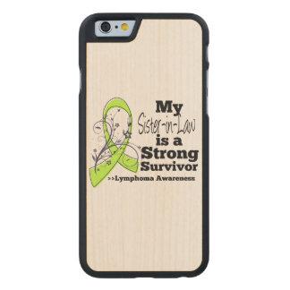 Mi cuñada es un superviviente fuerte del linfoma funda de iPhone 6 carved® de arce