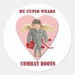 Mi Cupid lleva botas de combate Etiquetas