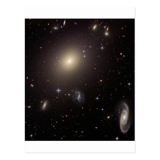 Mi dios… ¡Es lleno de galaxias! Postal