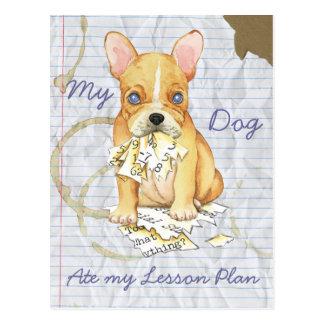 Mi dogo francés comió mi plan de lección postales