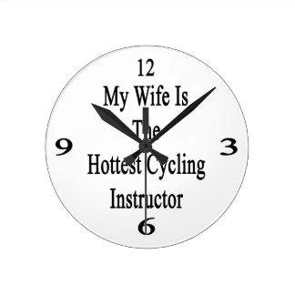 Mi esposa es el instructor de ciclo más caliente reloj