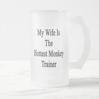 Mi esposa es el instructor más caliente del mono taza