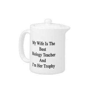 Mi esposa es el mejor profesor de biología y soy