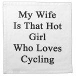 Mi esposa es ese chica caliente que ama el complet servilletas de papel