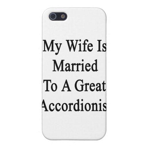 Mi esposa está casada con un gran acordeonista iPhone 5 carcasas