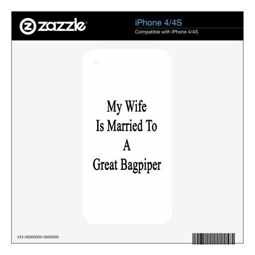 Mi esposa está casada con un gran gaitero iPhone 4 calcomanías