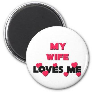 Mi esposa me ama imán redondo 5 cm