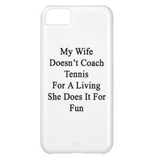 Mi esposa no entrena el tenis para la vida de A qu