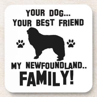Mi familia de Terranova, su perro apenas que un Posavasos De Bebidas