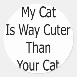 Mi gato es manera más linda que su gato pegatinas redondas