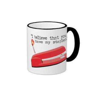 Mi grapadora roja taza a dos colores