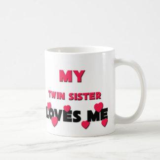 Mi hermana del gemelo me ama taza de café