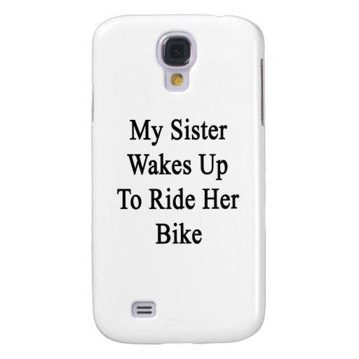 Mi hermana despierta para montar su bici