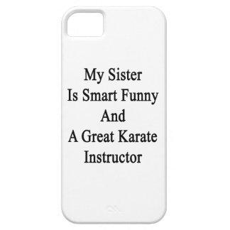 Mi hermana es divertida elegante y un gran karate iPhone 5 Case-Mate protector