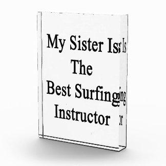 Mi hermana es el mejor instructor que practica