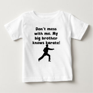 Mi hermano mayor sabe karate remeras