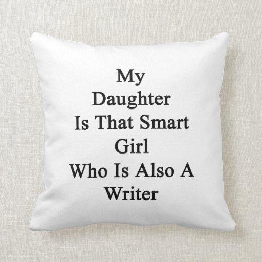 Mi hija es ese chica elegante que es también una e almohadas