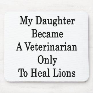 Mi hija hizo veterinario para curar solamente a Li Tapete De Raton