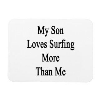 Mi hijo ama el practicar surf más que mí iman