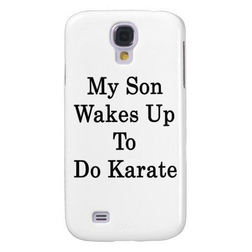 Mi hijo despierta para hacer karate