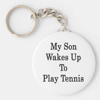 Mi hijo despierta para jugar a tenis llavero redondo tipo pin