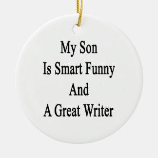 Mi hijo es divertido elegante y gran escritor adorno navideño redondo de cerámica