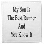 Mi hijo es el mejor corredor y usted lo sabe servilleta imprimida