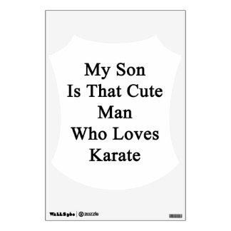 Mi hijo es ese hombre lindo que ama karate