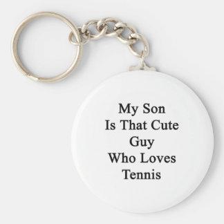 Mi hijo es ese individuo lindo que ama tenis llavero redondo tipo pin