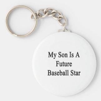 Mi hijo es una estrella de béisbol futura llavero redondo tipo pin