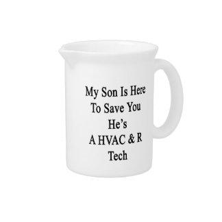 Mi hijo está aquí ahorrarle que él es una jarras para bebida