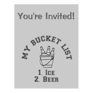Mi humor de la lista del cubo - hielo y cerveza tarjeta postal