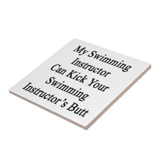 Mi instructor de la natación puede golpear su Inst Azulejo Cuadrado Pequeño