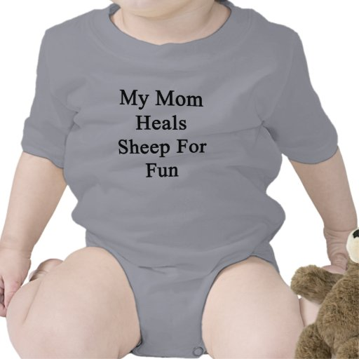 Mi mamá cura las ovejas para la diversión camisetas