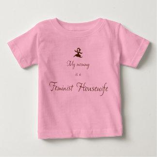 Mi mamá es ama de casa feminista camisas