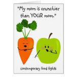Mi mamá es más crujiente - tarjeta del Día de la T