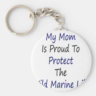 Mi mamá es orgullosa proteger la vida marina salva llavero personalizado