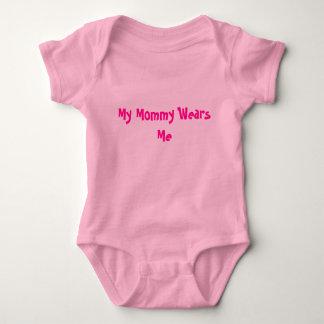 Mi mamá me lleva body para bebé