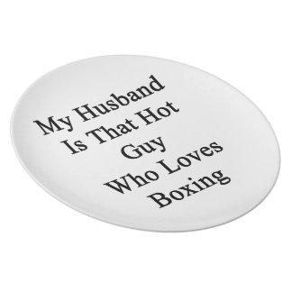 Mi marido es ese individuo caliente que ama el enc plato