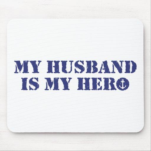 Mi marido es mi héroe alfombrillas de ratón