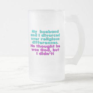 Mi marido y yo nos divorciamos sobre religioso… taza de cristal
