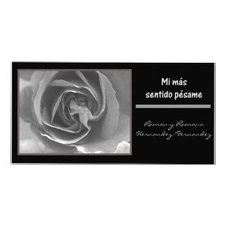 Mi mas sentido pesame espanol black white rose customized photo card