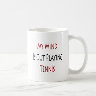 Mi mente está realizando tenis tazas